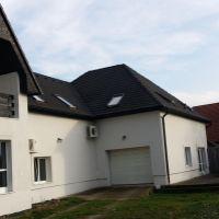 Rodinný dom, Zvolenská Slatina, 350 m², Čiastočná rekonštrukcia