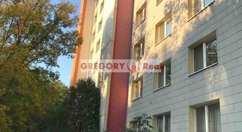 GREGORY Real, predaj 2 izbový byt v Petržalke, Ovsište, ul. A.Gwerkovej, Bratislava V.- REZERVÁCIA