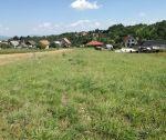 Veľký slnečný pozemok pre RD, 2254 m2, Trenčianske Jastrabie, okr. Trenčín. Exkluzívne u nás!!!