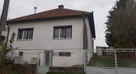 POZOR ZĽAVA Na predaj rodinný dom Neverice