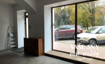 PRENÁJOM: obchodné priestory 50 m2 - Mierové námestie, ILAVA