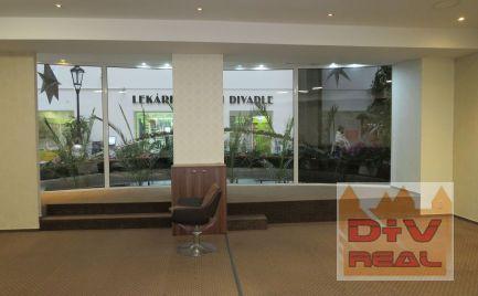 Prenájom: obchodný priestor Gorkého ulica, pri SND, v pasáži, na obchod, kaviareň, kaderníctvo, kozmetiku, cestovnú kanceláriu, klientské centrum ...