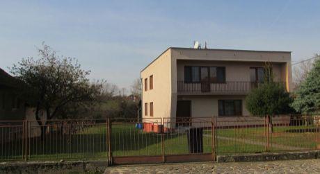 Na predaj rodinný dom Sľažany