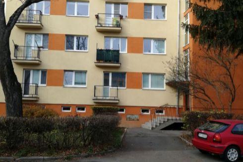 1-izbový byt na Podháji na rekonštrukciu