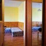Čiastočne zrekonštruovaný 1-izb byt s veľkou loggiou v Karlovej Vsi, Silvánska
