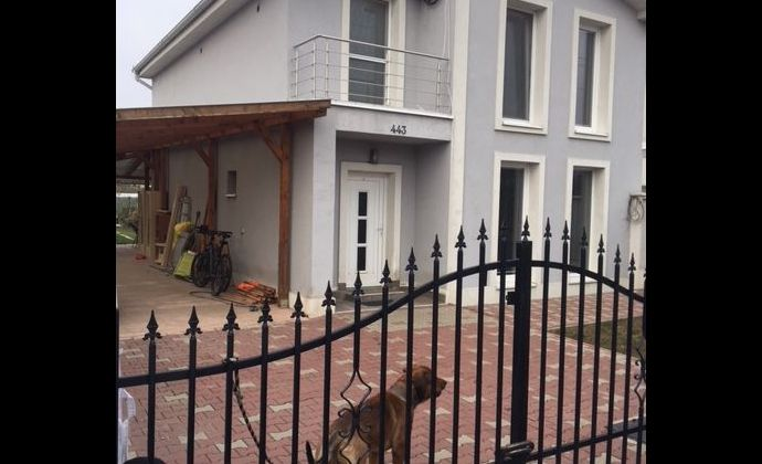 Samostatne stojaci 5-izbový rodinný dom- Miloslavov