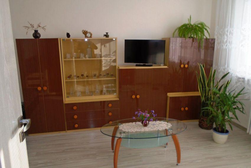 Predaj 1 izbový byt Šahy-5