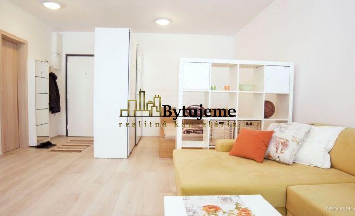 Prenájom 1- izbový apartmán s predzáhradkou, Dúbravka
