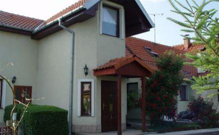 PRENAJOM Veľmi pekný 2 izb. byt s parkovacím miestom a záhradou v RD, Mierová ul., BA Ružinov - EXPIS REAL