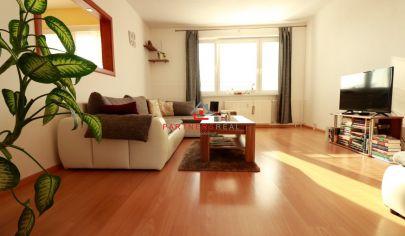 Pekný,čistý, 3 izbový byt po rekonštrukcií, 70m2, loggia, predaj, Košice-Sídlisko KVP