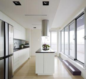 StarBrokers -  PRENÁJOM - 5 izb. byt, veľkorysá terasa, Koliba, ul. Brečtanova, luxusne zaridený