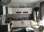 Predaj 2 izb. bytu v novostavbe v Malinove Tri vody s dvomi vonkajším garážovými státiami, 2/3, výťah, 2x lodžia.
