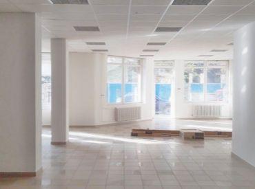 Výhodný prenájom, veľký a pekný obchodný priestor (187 m²), Jašíkova ulica, Ružinov, VOĽNÝ IHNEĎ
