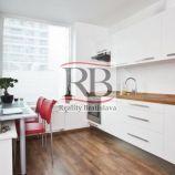 Moderný, priestranný  2i byt na Nevädzovej ulici v Ružinove