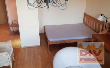 Prenájom: 1 izbový byt, Tichá ulica, Staré Mesto, Bratislava I, zariadený, loggia