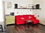 PREDAJ: priestranný kompletne prerobený 1,5-izb. byt, 41 m2, Repašského ul., Dúbravka, BA-IV