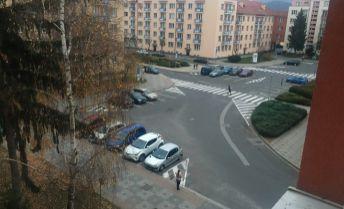 TOP PONUKA-Predaj veľkého 3 i bytu bez balkóna v centre mesta Zvolen
