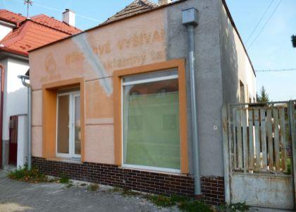 DOMUM – Rodinný dom / vhodný aj na podnikanie/ v Piešťanoch, širšie centrum