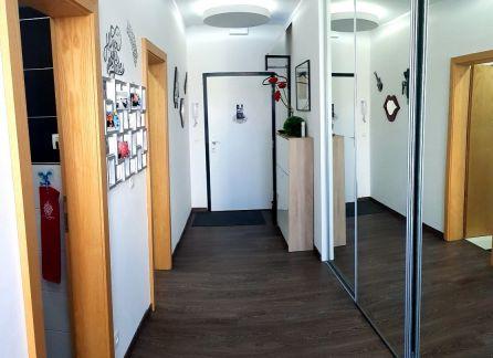 STARBROKERS - LUXUSNÝ 2 izbový 74 m2 BYT s BALKÓNOM v centre Bratislavy - KOŠICKÁ ulica
