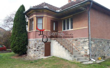 GEMINIBROKER Vám ponúka na predaj dom v krásnej obci Bózsva