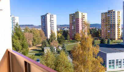 Byt 2+1 (53 m2) s loggiou sídl. Mier Sp. Nová Ves