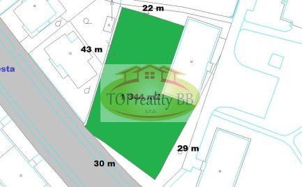 Pozemok 1 344 m2, v lukratívnej časti Banskej Bystrice na Uhlisku - komerčné využitie - cena 63 000€