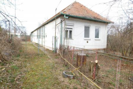 IMPEREAL - Predaj domu na 30 á pozemku v obci Tesárske Mlyňany