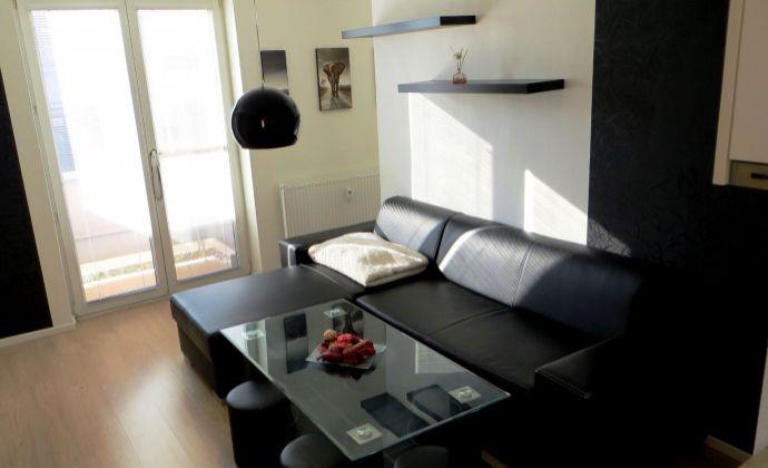 Best Real - prenájom 1,5-izbového bytu na Hviezdnej ulici v Podunajských Biskupiciach, 40m2, 1/4 posch., 2x balkón.