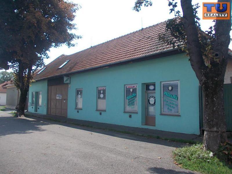 Polyfunkčný objekt-Predaj-Levice-215000.00 €