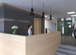 Moderná novostavba trojizbového bytu v centre s 24 hod recepciou