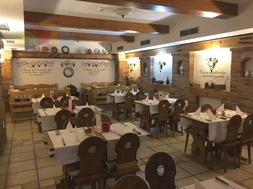 Reštaurácia-Predaj-Piešťany-1.00 €