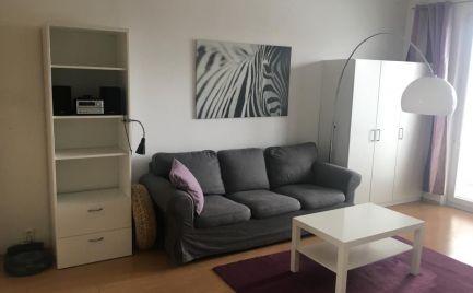 Na prenájom pekný 2 izbový byt s balkónom Súmračná ul. Ružinov