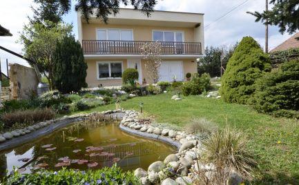 Na predaj rodinný dom Nitra - Zbehy s veľkým pozemkom v tichom prostredí