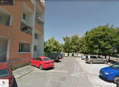 PREDAJ • Karlova Ves • Novackého • 3-izbový byt • rekonštrukcia, loggia, balkón