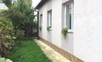 Rodinný dom s pozemkom 321 m2, Nové Mesto nad Váhom.