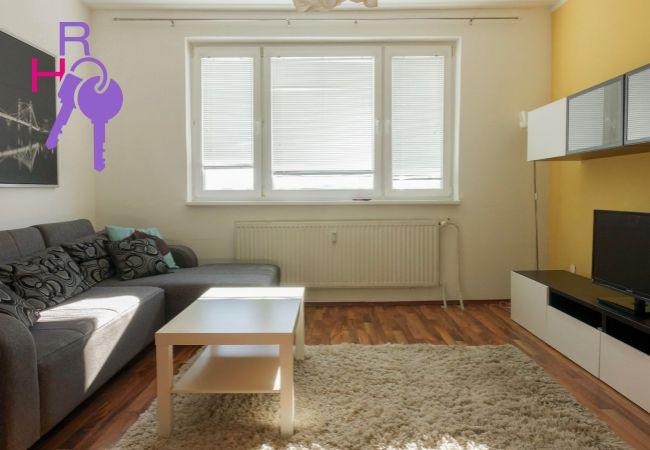 3(4)i byt, aj krátkodobo, možnosť TP, zariadený, top dispozícia