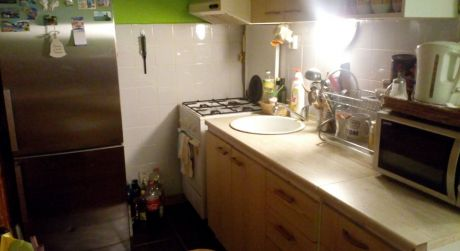 Predaj 2-izb. bytu s balkónom v centre mesta Lučenec.