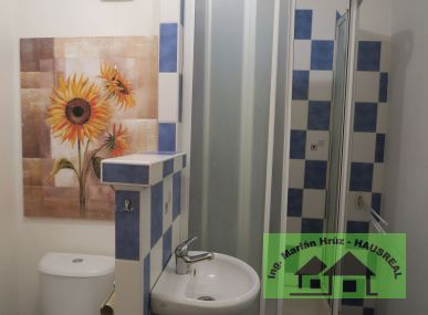 REZERVOVANÉ!!Pekný 1-izbový byt, 35 m2, kompletná rekonštrukcia, balkón, Rybníky, Levice