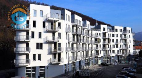 Na predaj novostavba, 3-izbový byt, 2 balkóny, 83,70 m2, Trenčianske Teplice
