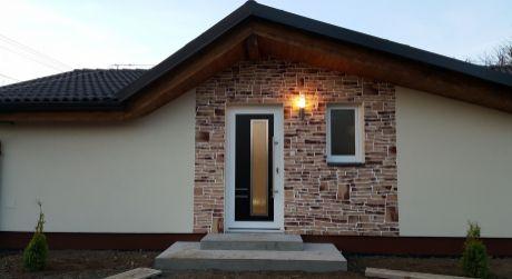 Na predaj 3-izb novostavba,bungalov v obci BRANČ.Len 12km od mesta NITRA!