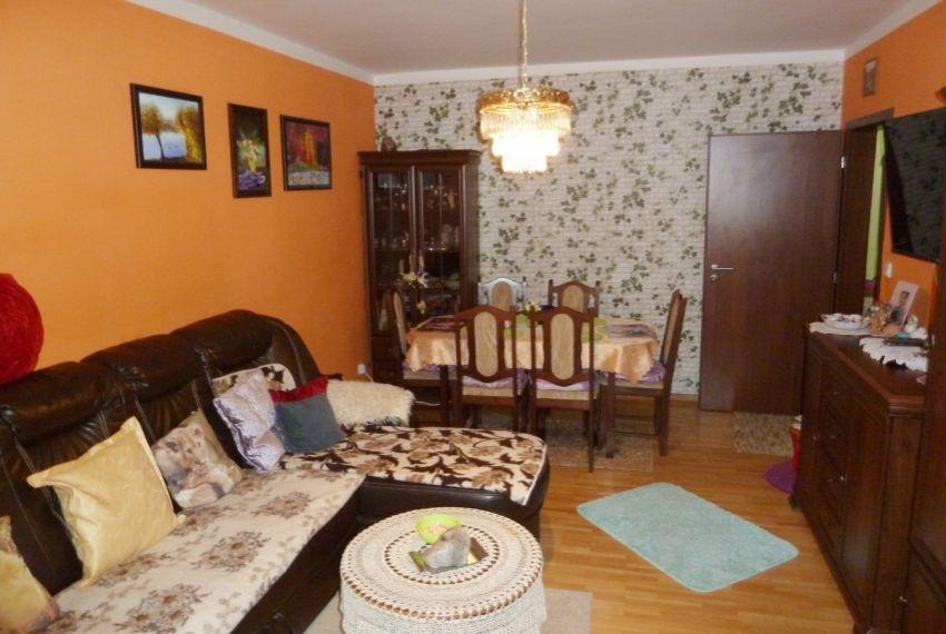 Predaj 4 izbový byt Lučenec-3
