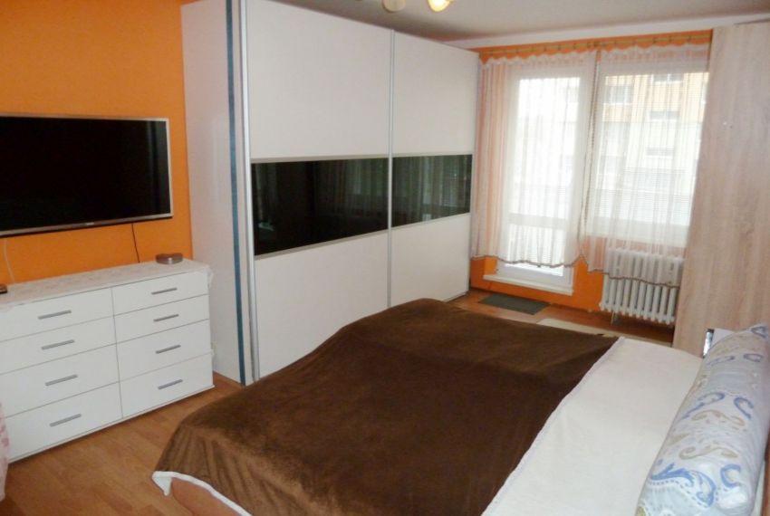 Predaj 4 izbový byt Lučenec-5