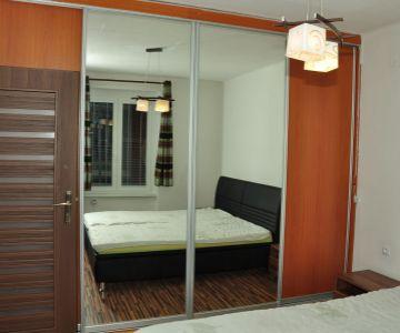 REZERVOVANÉ Na prenájom 2-izbový byt, zariadený, Liptovský Mikuláš