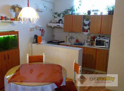 2777 Na predaj rodinný dom v Andovciach
