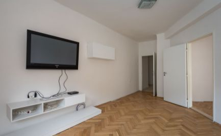 ZĽAVA: 3 izb. byt, Čsl. armády, 2p., rekon., pri CENTRE Košíc
