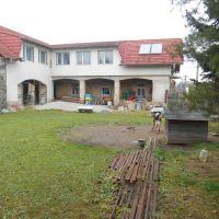 Iný objekt na bývanie, Melčice-Lieskové, 360 m², Čiastočná rekonštrukcia