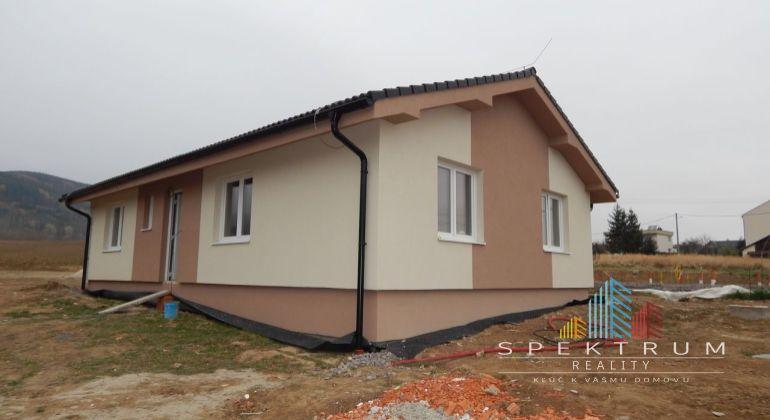 REZERVOVANE-Na predaj novostavba- 4- izbový bungalov, 625 m2, Poruba, okres Prievidza