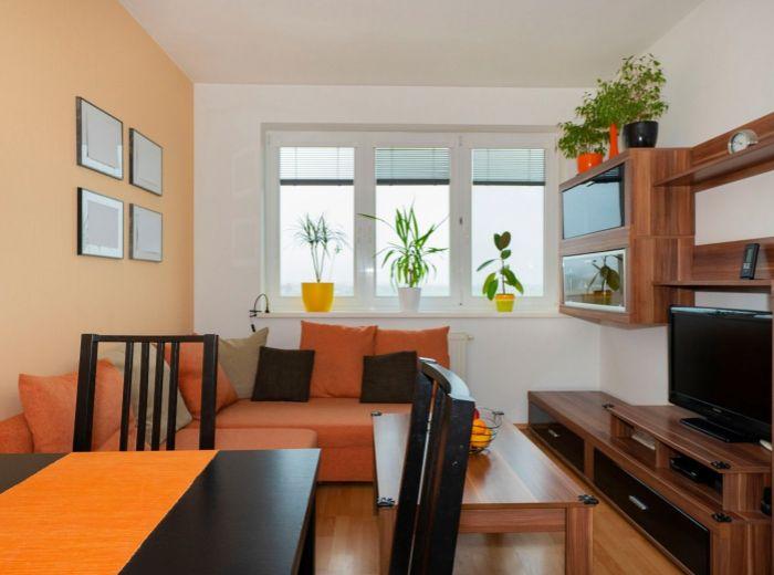 M. R. ŠTEFÁNIKA, 3-i byt, 65 m2 – ŠTÝLOVÁ DISPOZIČNÁ ÚPRAVA BYTU, v novostavbe a TICHEJ LOKALITE