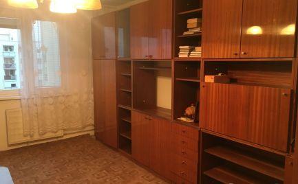 Ponúkame na predaj 2-izbový byt v pôvodnom stave v Pezinku na L.Novomeského.