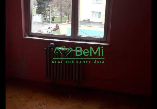 Predaj: Trojizbový byt v pôvodnom stave v Turzovke (414-112-JAS)